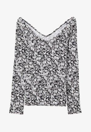Long sleeved top - st black&white flowers