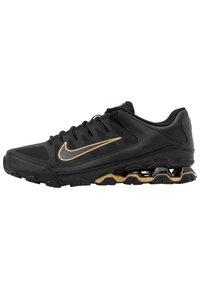 Nike Performance - REAX 8  - Chaussures d'entraînement et de fitness - black/metallic gold - 0
