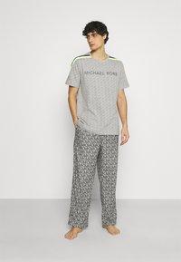 Michael Kors - ROLLED PANT - Pyžamový spodní díl - grey - 1