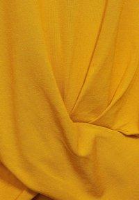 Street One - KNOTEN DETAIL - Print T-shirt - gelb - 4