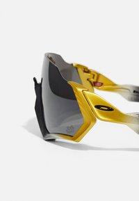 Oakley - FLIGHT JACKET UNISEX - Sports glasses - trifecta fade - 4