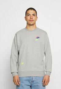 Nike Sportswear - Sweatshirt - grey heather - 0