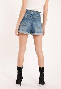 Pimkie - MIT HOHEM BUND - Denim shorts - blue denim - 2