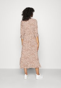 YAS - YASCORNA LONG DRESS - Skjortekjole - tawny brown - 2