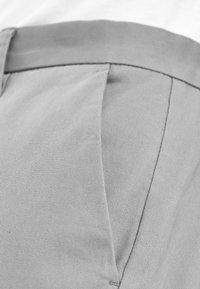 Next - BURNT ORANGE SKINNY FIT STRETCH CHINOS - Chino - grey - 2