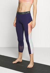 Hunkemöller - CAPRI SHINE - Leggings - astral aura - 0