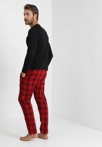 YOURTURN - Pyjama set - black/red - 2