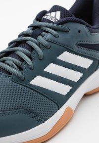 adidas Performance - SPEEDCOURT INDOOR SPORTS - Zapatillas de voleibol - legend blue/footwear white/legend ink - 5