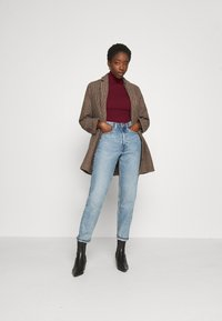 Missguided - ROLL NECK  - Trui - burgundy - 1