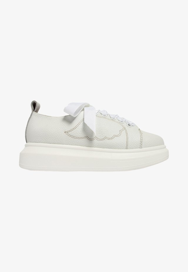 KEEP IT CASUAL FLY - Sneakersy niskie - white