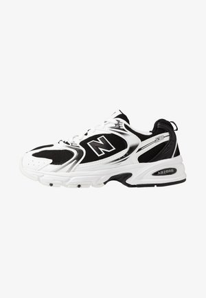 MR530 - Trainers - black/white