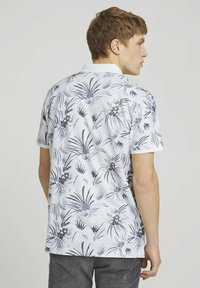 TOM TAILOR DENIM - Polo shirt - white navy thistle print - 2