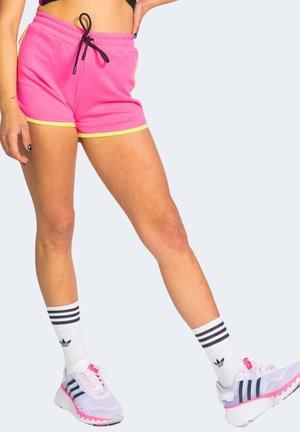 Shorts - fuxia