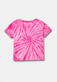 Desigual - ROTERDAM - Print T-shirt - red - 1