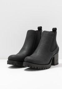 Bullboxer - Kotníková obuv - black - 4