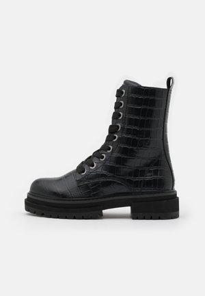 SIVA - Šněrovací kotníkové boty - black