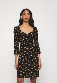 ONLY - ONLMEYA SHORT DRESS - Jersey dress - black - 0