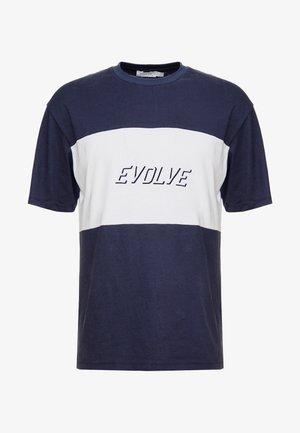 SPORT BLOX TEE - Camiseta estampada - navy