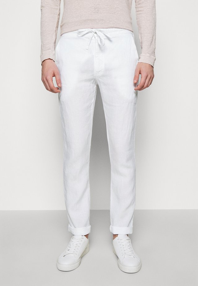 TROUSERS - Pantaloni - white