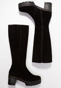 Mellow Yellow - EPONYMI - Platform boots - black - 3