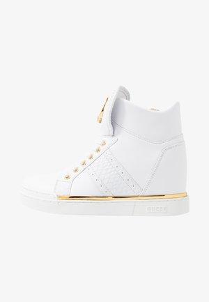 FREETA - Sneakersy wysokie - white