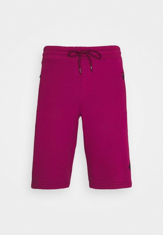 SHORTS - Sports shorts - rot/schwarz