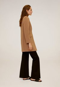 Mango - MERYL - Short coat - mittelbraun - 3