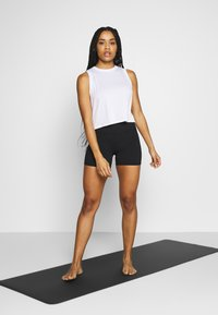 Cotton On Body - ACTIVE ROUCHED MUSCLE TANK - Top - white - 1