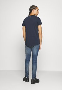 Tigha - MORTEN REPAIRED - Jeans slim fit - mid blue - 2