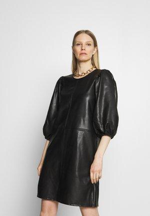 KAEDLYN DRESS - Sukienka letnia - black deep