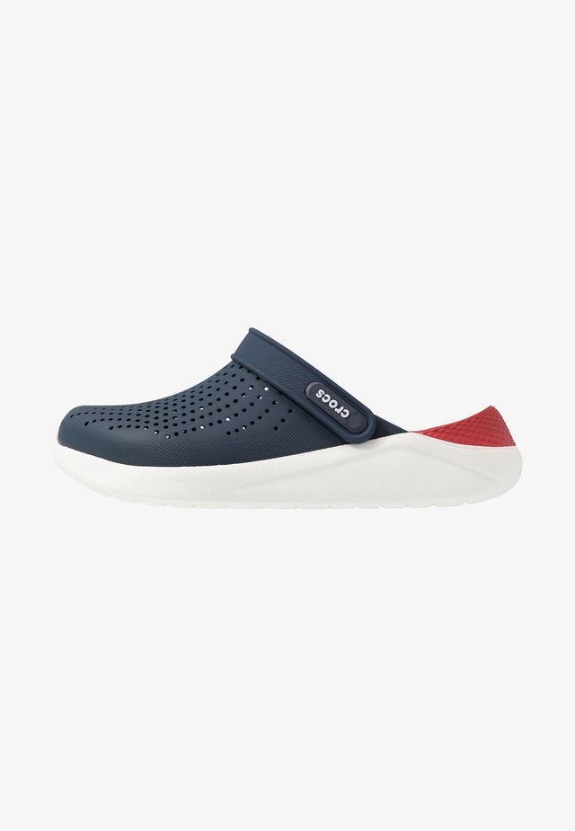 LITERIDE RELAXED FIT - Drewniaki i Chodaki - navy/pepper