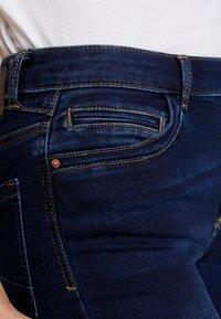 Pieces - PCJAMIE ZIP - Jeans Skinny Fit - dark blue denim - 4