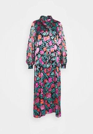 GROA DRESS - Denní šaty - pink roses