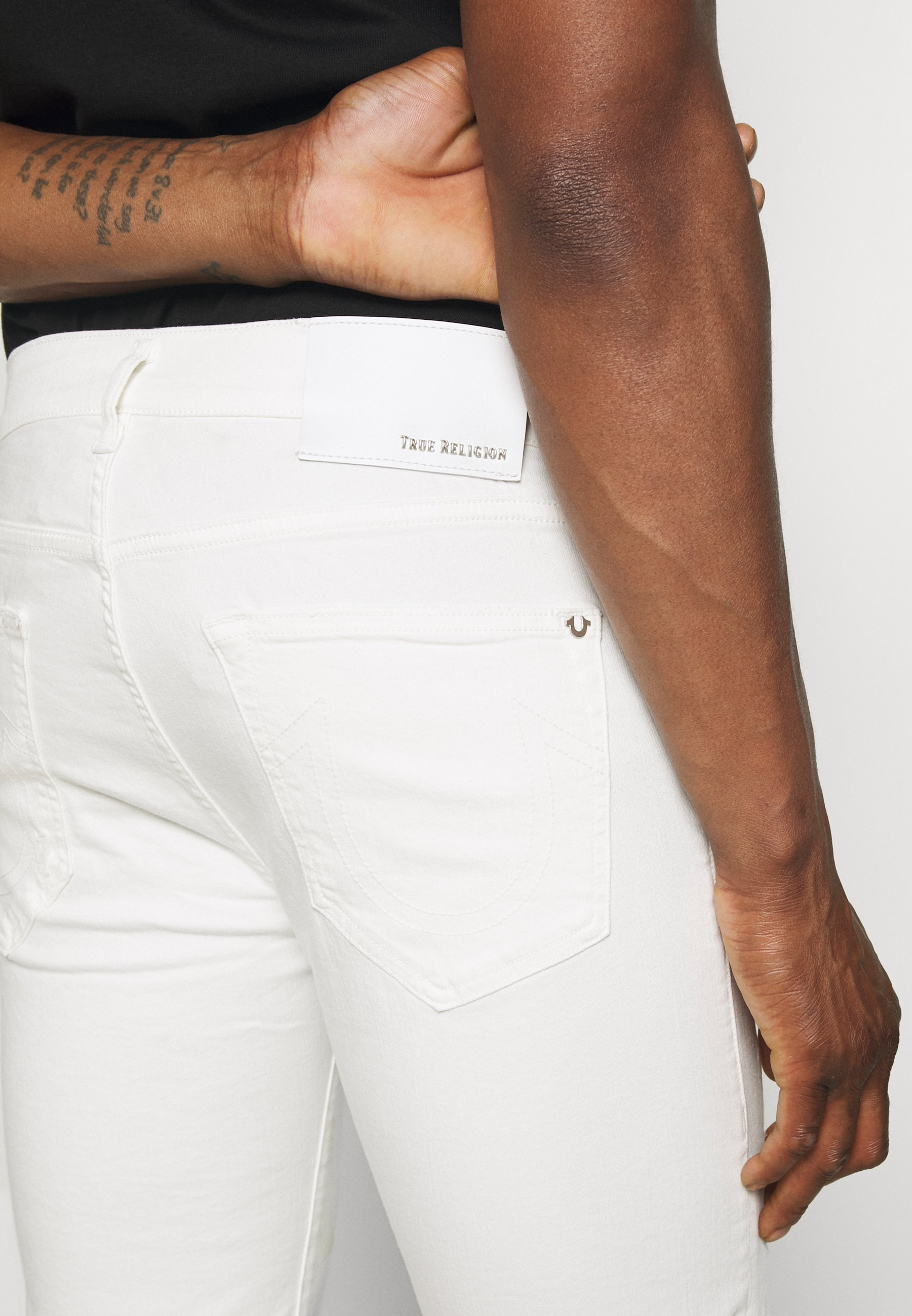 True Religion ROCCO BERMUDA - Short en jean - white