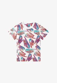 Nike Sportswear - HIFI FUTURA TEE - Print T-shirt - white - 2