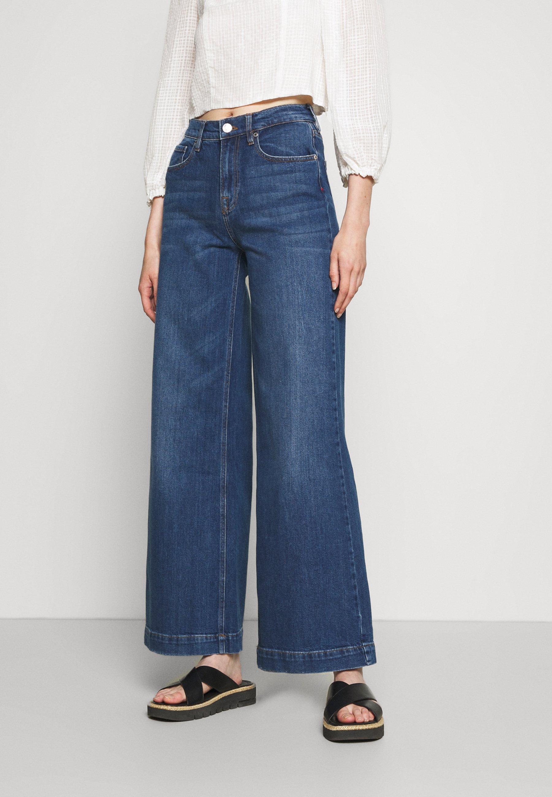 Women KERSEE DARK IOWA - Flared Jeans