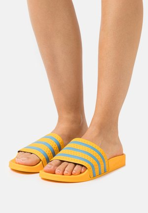 ADILETTE  - Sandali da bagno - crew yellow/hazy blue/crew yellow