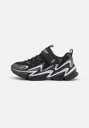 WAVETRONIC UNISEX - Neutrální běžecké boty - black/charcoal/silver