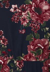 Vero Moda Curve - VMNEWSUNILLA SMOCK DRESS  - Day dress - navy blazer/newsunilla - 7