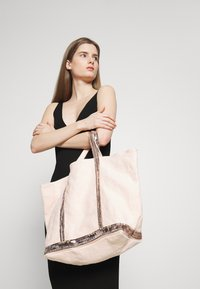 Vanessa Bruno - CABAS GRAND - Shopping Bag - nude - 1