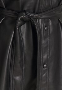 Vero Moda - VMBUTTERDEBBIE  - Faux leather jacket - black - 2