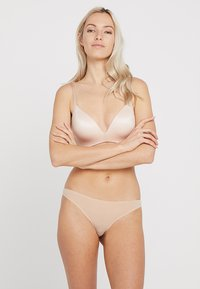 Triumph - MAKE UP SOFT TOUCH - Triangle bra - neutral beige - 1