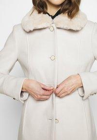 Forever New - LINDA DOLLY - Classic coat - cream - 6