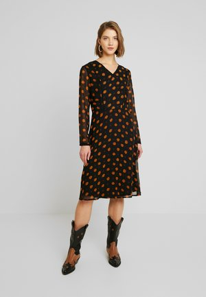 BSHELIA - Day dress - black/orange