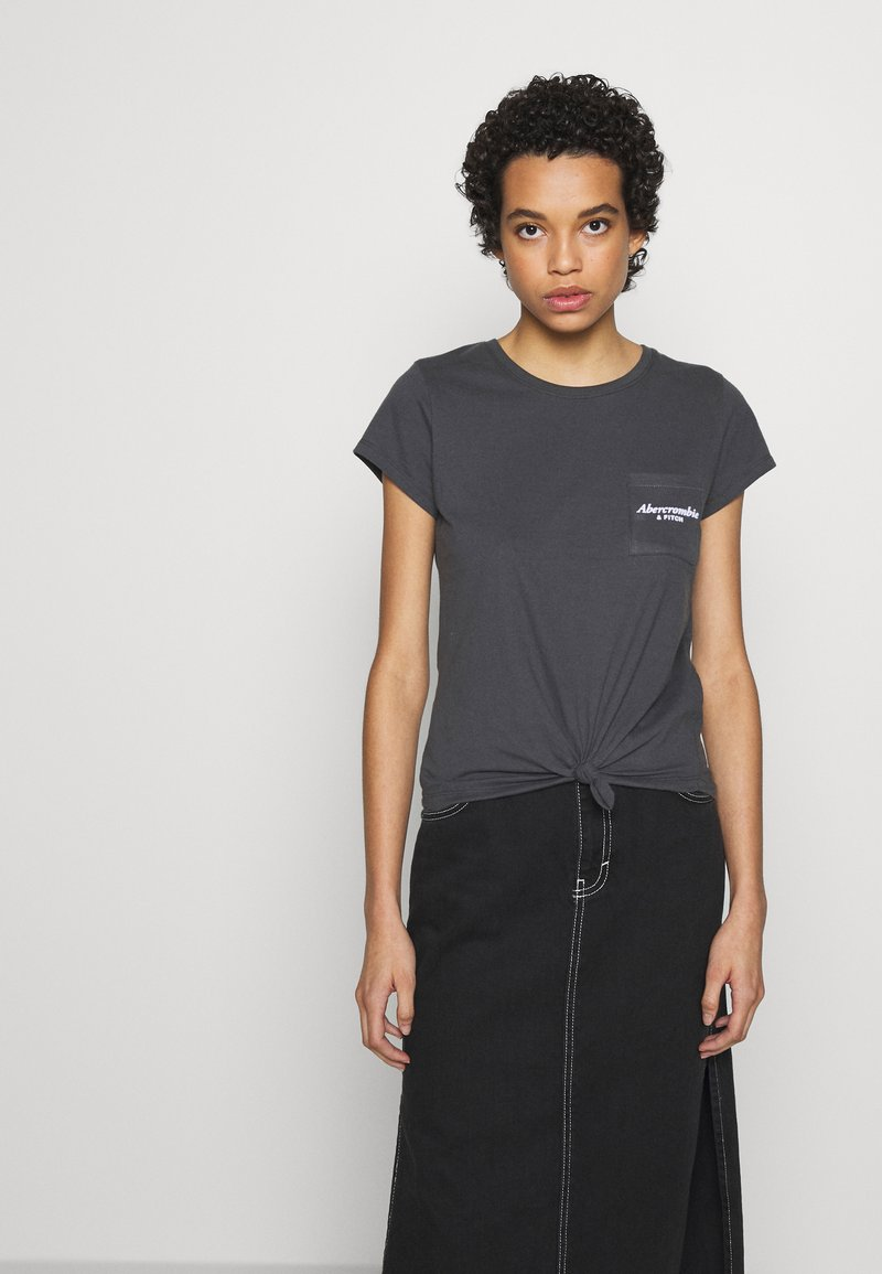 Abercrombie & Fitch - ITALICS LOGO TEE - Print T-shirt - black