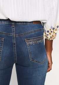 Desigual - ROUS - Slim fit jeans - blue denim - 4