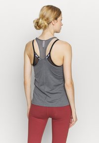 Under Armour - RACER TANK - Camiseta de deporte - pitch gray light heather - 2