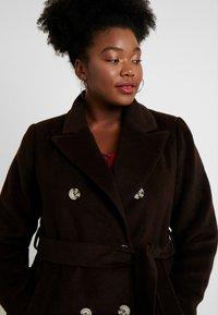 Glamorous Curve - MASCULINE COAT - Classic coat - chocolate - 3