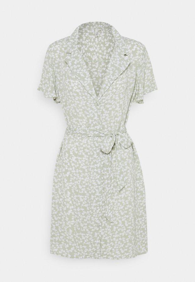 EVERYDAY DRESS - Shirt dress - green floral