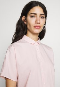 CLOSED - SENNA - Button-down blouse - soft pink - 3